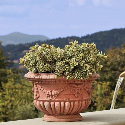 zahradny terakotovy kvetinac