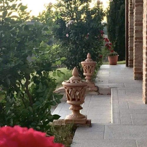 terakota kvetinace moderne